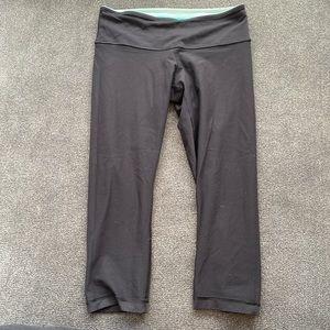 Reversible lululemon 23' inch crop leggings